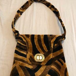 Handbags - Vintage cheetah handbag
